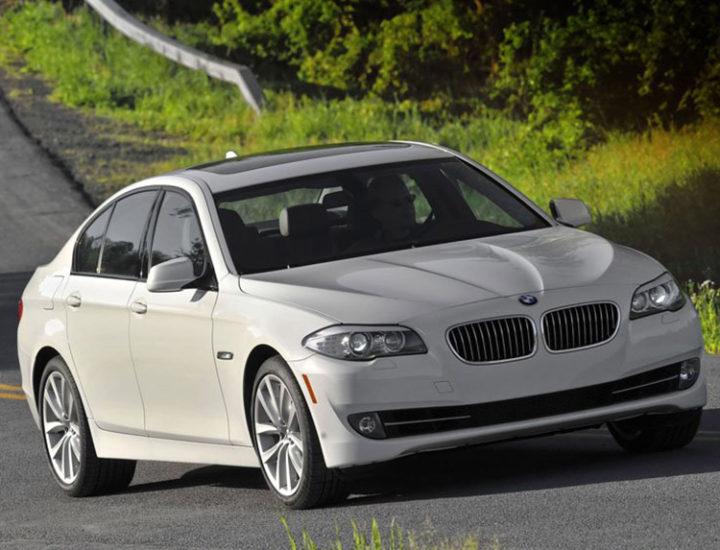 BMW serii 5 – uszkodzony dach