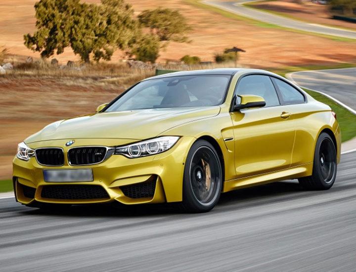 BMW M4 – uszkodzenie drzwi