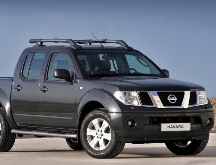 Nissan Navara – Wyciąganie wgniecenia tylnej burty