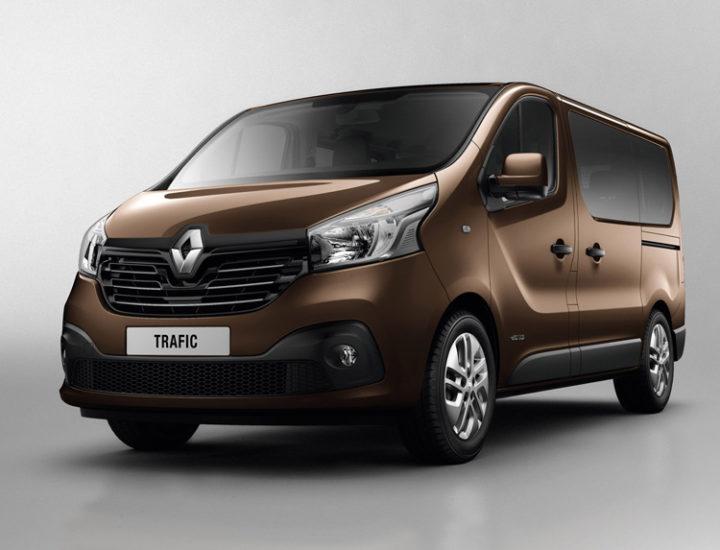 Renault Trafic – Naprawa drzwi od strony kierowcy