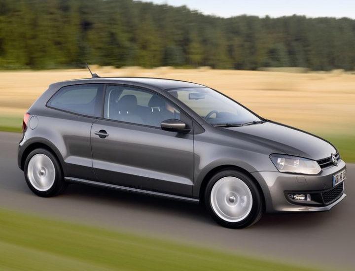 VW Polo 7 – uszkodzenie przedniego błotnika