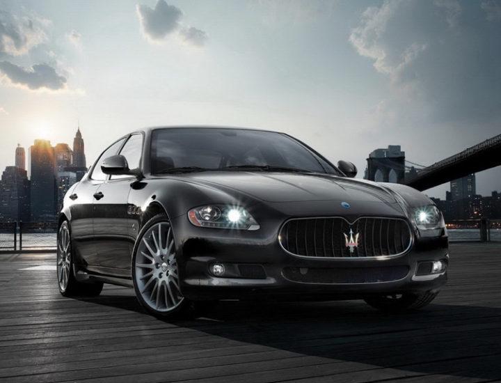 Maserati Quattroporte – uszkodzenie dachu