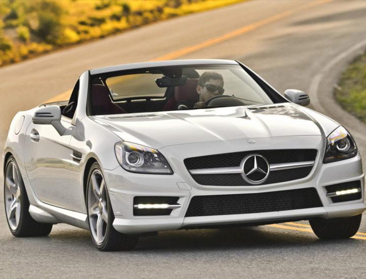 Mercedes SLK – uszkodzenie błotnika